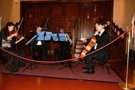 Na balkóne Smetanovej siene vo foyer k večeri hral Prague Echo Ensemble