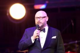 Lumír Mati, produkční ředitel plesu a jednatel společnosti ČESKO-SLOVENSKÝ PLES s.r.o. uvedl jako obvykle ambasadorky charity. Organizátoři plesu podpořili Maják n.o.